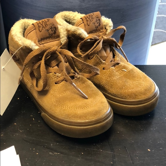 7031e7f9fe Vans Half Cab boys toddler shoes size 9. M 5b9007e342aa764393ea5125